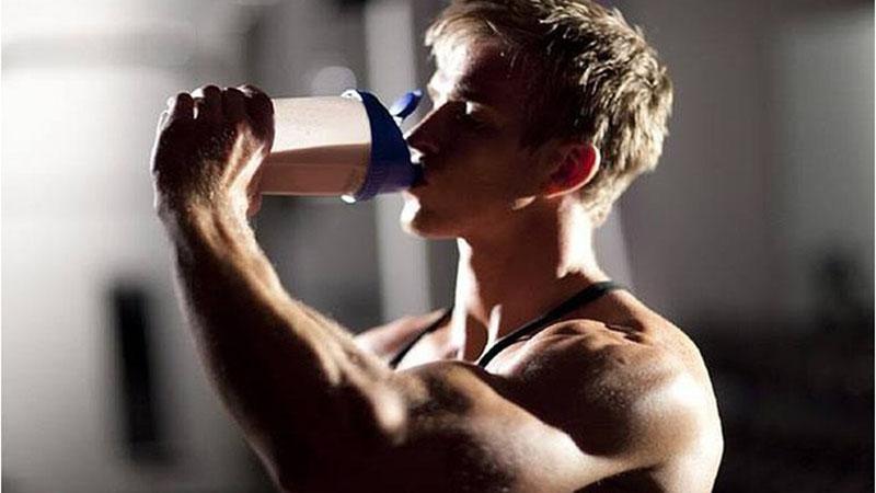 Có thể uống Mass Gainer trước và sau khi tập